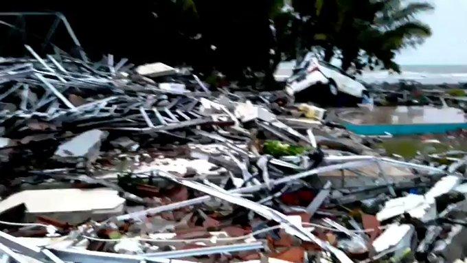 Volcano Tsunamin Indonesia Krakatau 12-23-2018