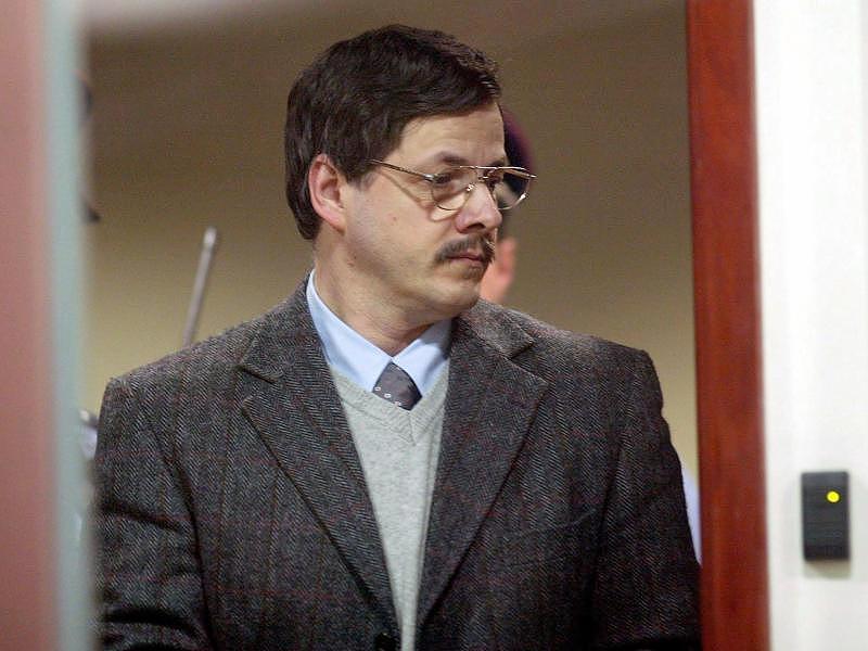 marc-dutroux-child trafficer murderer2004