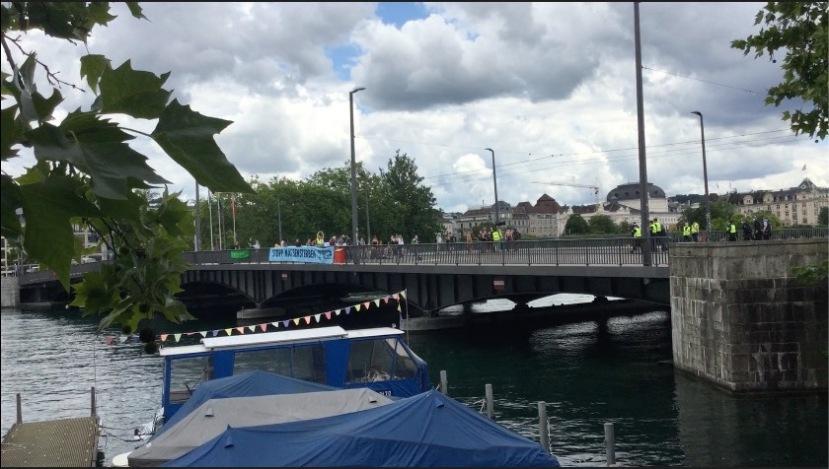 Extinction Rebellion pro government blockade Zurich